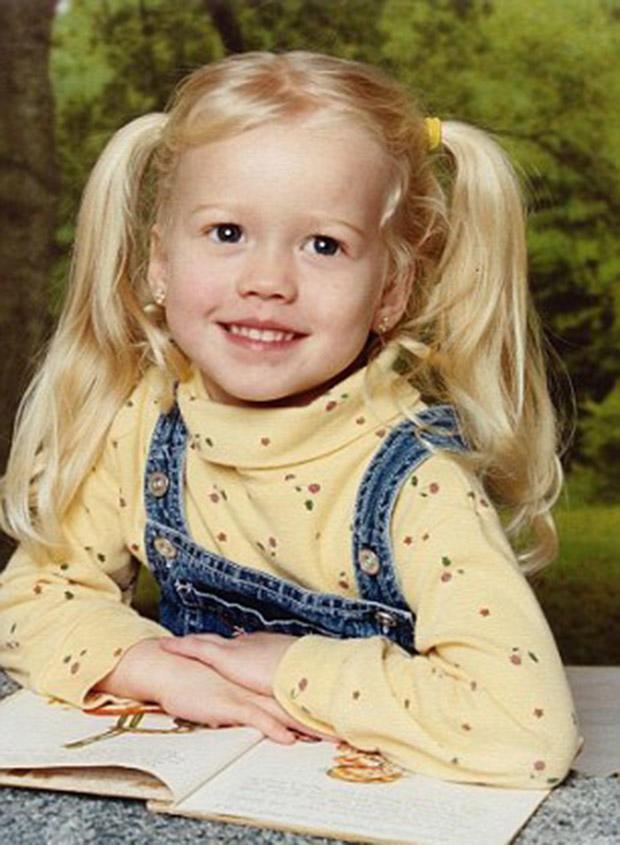 Vợ cũ bắt cóc con gái rồi biến mất không dấu vết, 12 năm sau người bố rụng rời khi nhận cuộc điện thoại từ cảnh sát - Ảnh 1.