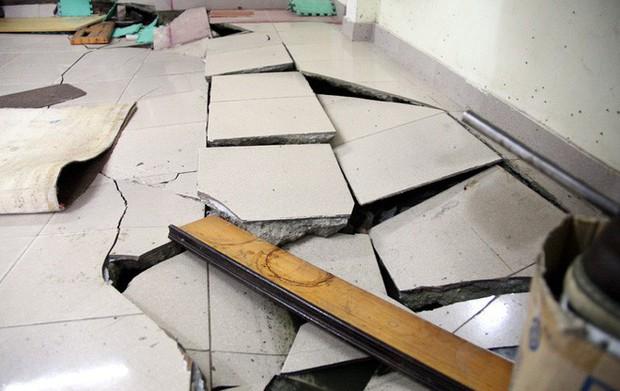 Hà Nội: Hàng chục người tháo chạy vì nền nhà sụt lún, nổ lớn trong đêm - Ảnh 2.