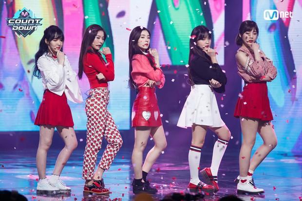 Sau SNSD, 8 năm rồi Kpop mới xuất hiện girlgroup có nhiều hit được sử dụng làm nhạc nền nhất - Ảnh 1.