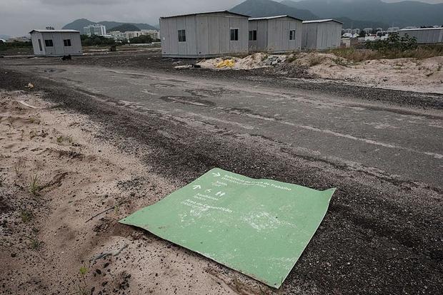 Mới chỉ hơn 6 tháng thôi mà các công trình Olympic Rio đã tan hoang như thế này - Ảnh 11.