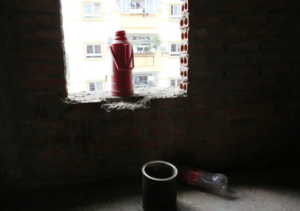 Hà Nội: Biệt thự triệu đô biến thành nơi chích ma túy, kim tiêm vứt thành đống - Ảnh 11.