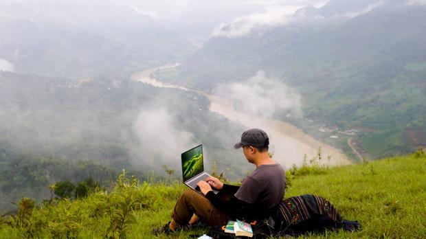 Chiêm ngưỡng những bức ảnh cực đẹp của giới trẻ với chiếc laptop mới ra mắt - Ảnh 12.