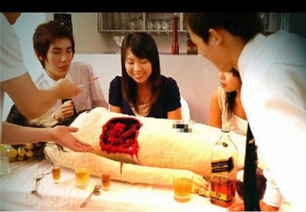 """Đây chắc chắn là những nhà hàng """"kỳ quặc"""" nhất thế giới mà chỉ ở Nhật Bản mới có - Ảnh 12."""