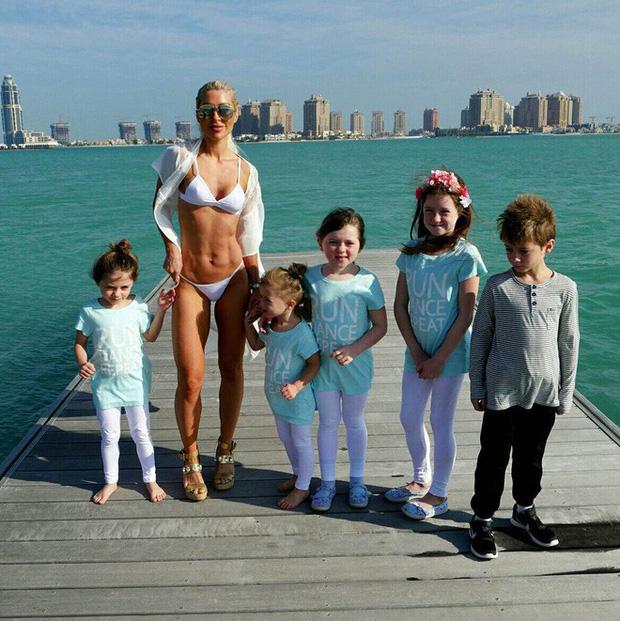 Đẻ cả đàn con nhưng các bà mẹ này vẫn sở hữu vóc dáng nuột nà hơn cả gái còn son - Ảnh 12.