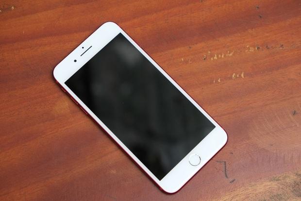 Mở hộp và trên tay iPhone 7 Plus đỏ đầu tiên tại Việt Nam, giá từ 25 triệu đồng - Ảnh 13.