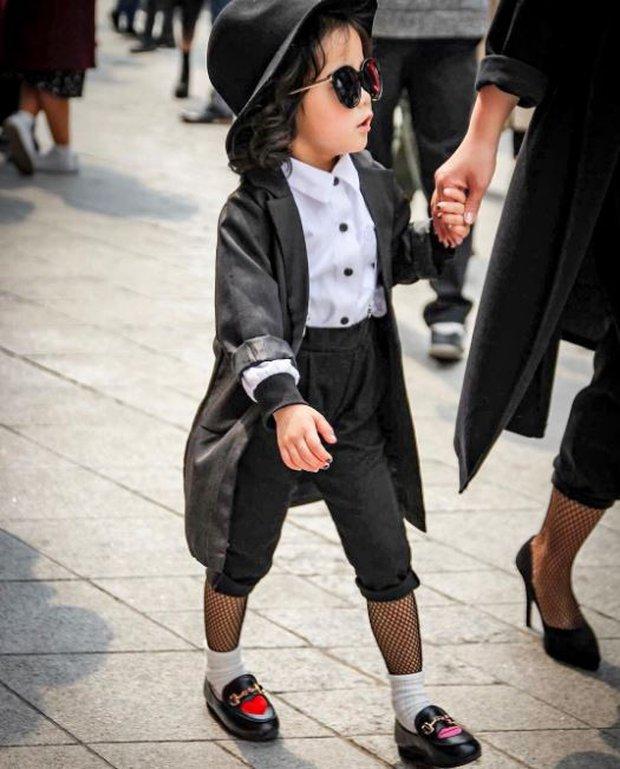 Cứ mỗi mùa Seoul Fashion Week đến, dân tình lại chỉ ngóng xem street style vừa cool vừa yêu của những fashionista nhí này - Ảnh 13.