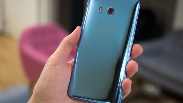 HTC U11 chính thức ra mắt, cho phép người dùng thao tác bằng cách bóp chặt - Ảnh 13.