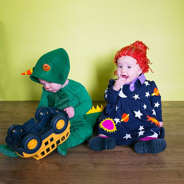 Đã tìm ra cặp song sinh chất chơi nhất mùa Halloween năm nay, mỗi ngày diện một bộ đồ siêu yêu - Ảnh 13.