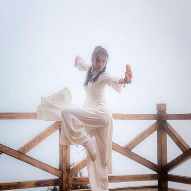 Vẻ đẹp tựa thiên thần của cô giáo yoga đẹp nhất châu Á - Ảnh 13.