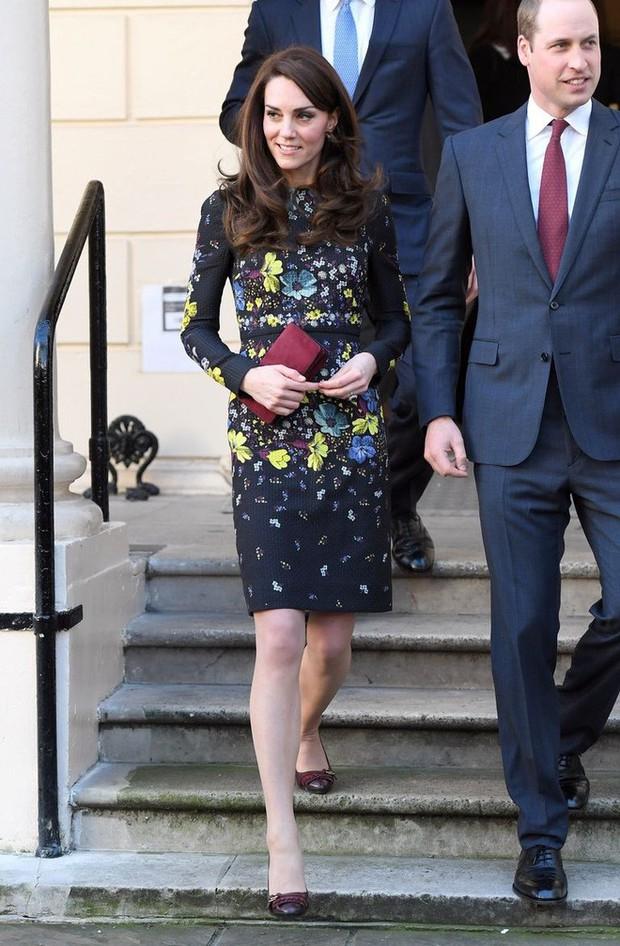 Tổng kết năm 2017, Công nương Kate đã chi hơn 3 tỷ đồng mua sắm quần áo - Ảnh 13.
