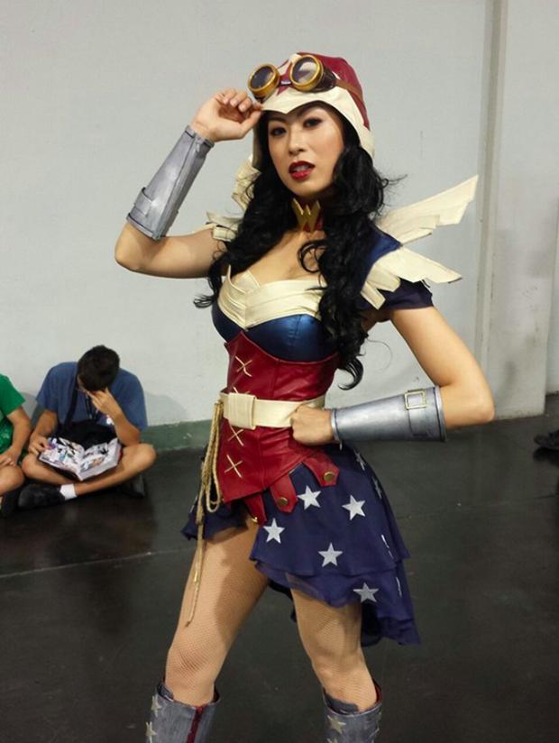 Ngắm dung nhan 14 cô gái cosplay Wonder Woman xinh lung linh như trong phim - Ảnh 25.