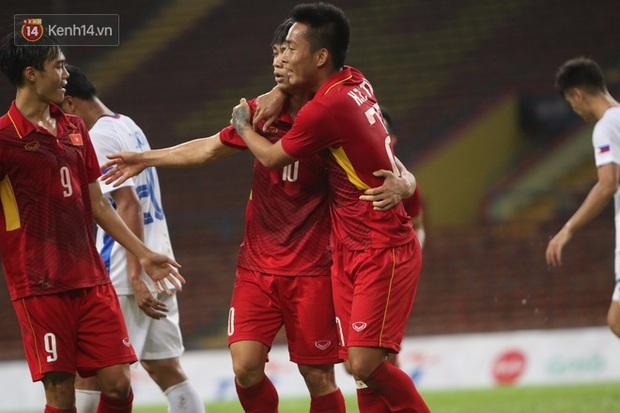 Công Phượng ghi bàn đẳng cấp, U22 Việt Nam lại thắng tưng bừng - Ảnh 7.