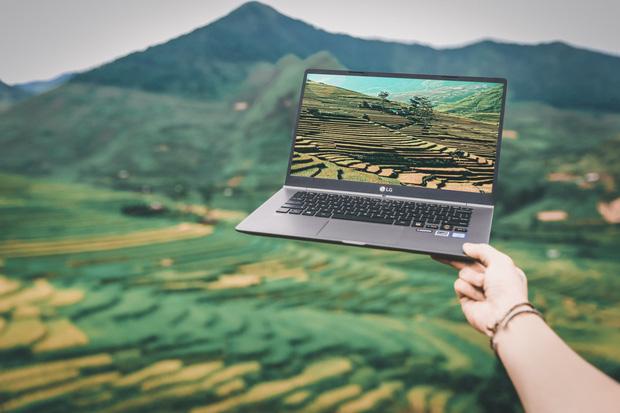 Chiêm ngưỡng những bức ảnh cực đẹp của giới trẻ với chiếc laptop mới ra mắt - Ảnh 14.