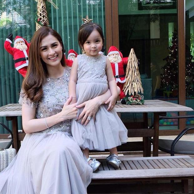 Chiêm ngưỡng vẻ đáng yêu của con gái mỹ nhân đẹp nhất Philippines - Ảnh 14.