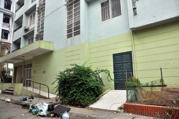 Hà Nội: Nhiều chung cư bỏ hoang cả chục năm khiến người dân nuối tiếc - Ảnh 15.