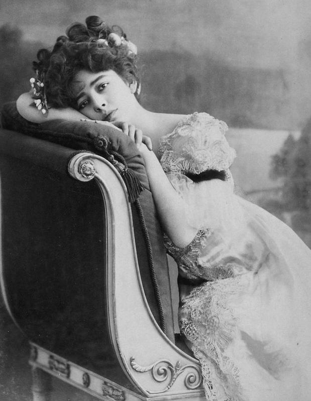 """Hình ảnh dung dị mà đẹp rạng ngời của 13 nàng """"quốc sắc thiên hương"""" từ 100 năm trước - Ảnh 19."""