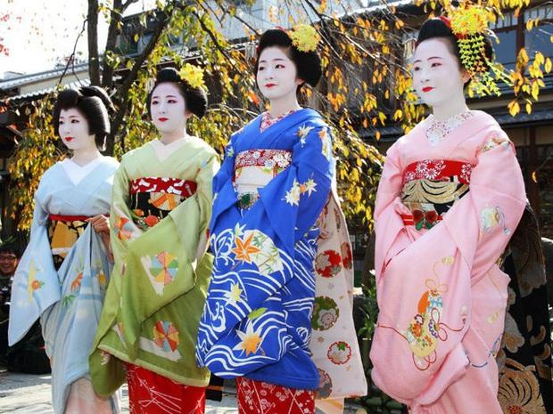 Người Nhật chuyển từ ăn tết Âm sang tết Dương và sự tiếc nuối của vị đại sứ Nhật - Ảnh 3.