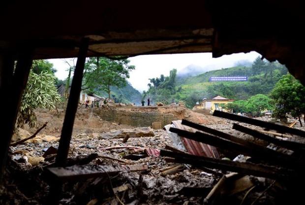 """Lũ quét khiến 14 người chết và mất tích ở Yên Bái: """"Trong chớp mắt tôi mất cả vợ và hai con"""" - Ảnh 2."""