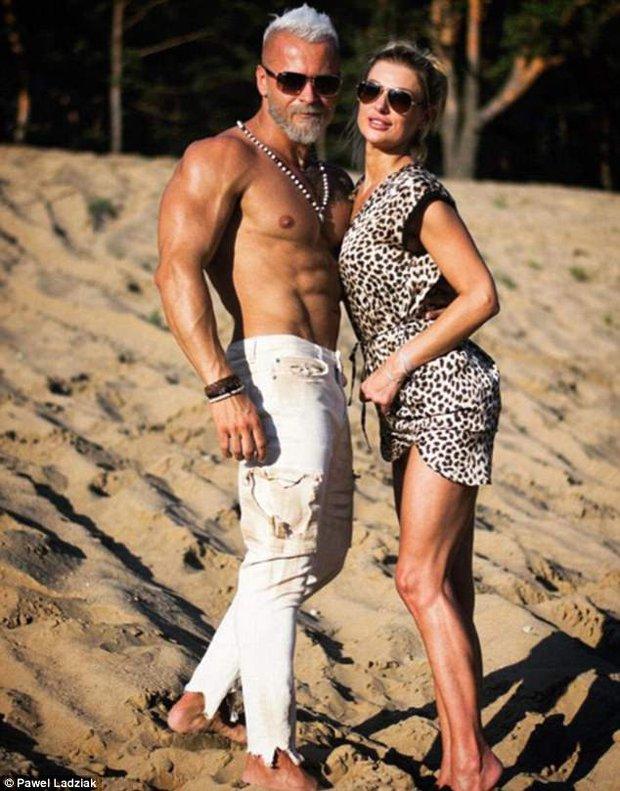 Chồng 35 tuổi bỏ cả đống tiền để trông như ông lão 60, vợ không can ngăn mà còn vui ra mặt - Ảnh 3.