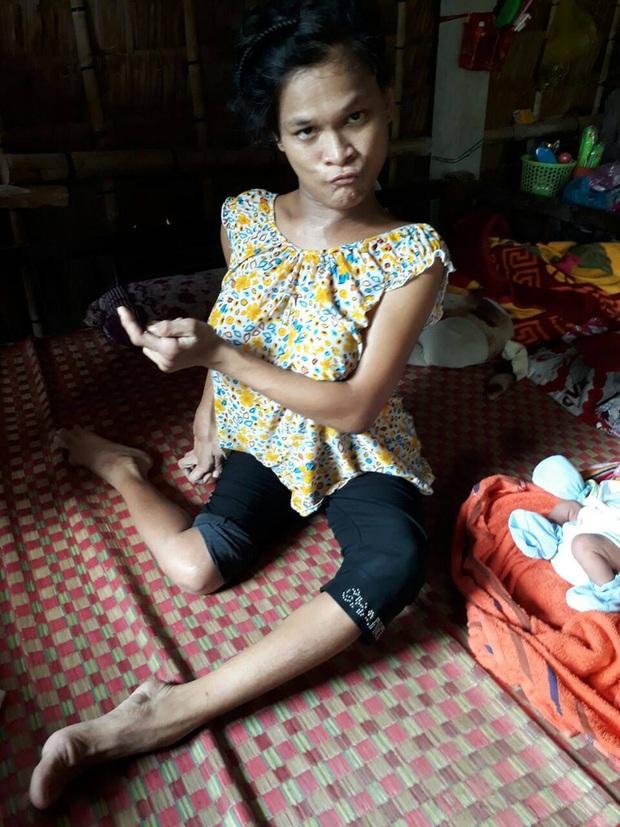 Xót cảnh người mẹ điên ú ớ chăm con gái 10 ngày tuổi không biết mặt bố là ai vì bị hiếp dâm - Ảnh 3.