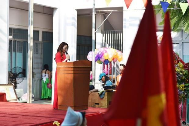 Only C, Miu Lê trở về tuổi thơ trong lễ Khai giảng trường TH-THCS-THPT Mỹ Việt - Ảnh 2.