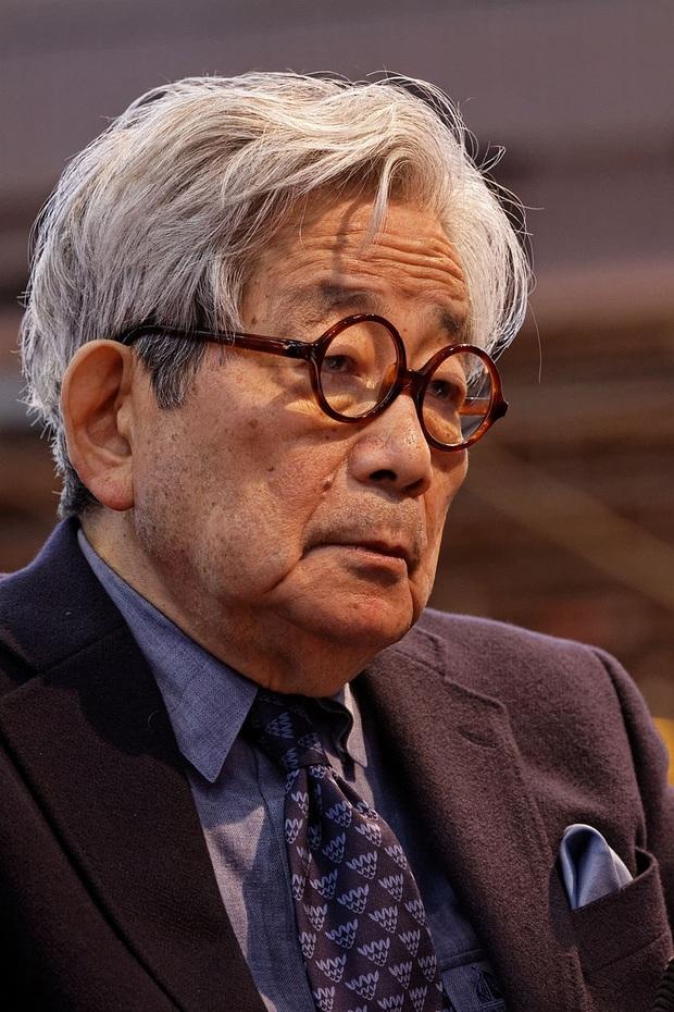 Đã có tới 3 nhà văn gốc Nhật Bản từng vinh dự nhận giải Nobel văn học, họ là ai? - Ảnh 3.