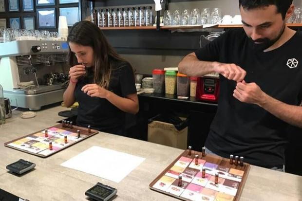 Độc đáo cuộc thi tuyển chọn chuyên gia cà phê xuất sắc nhất thế giới - Ảnh 3.