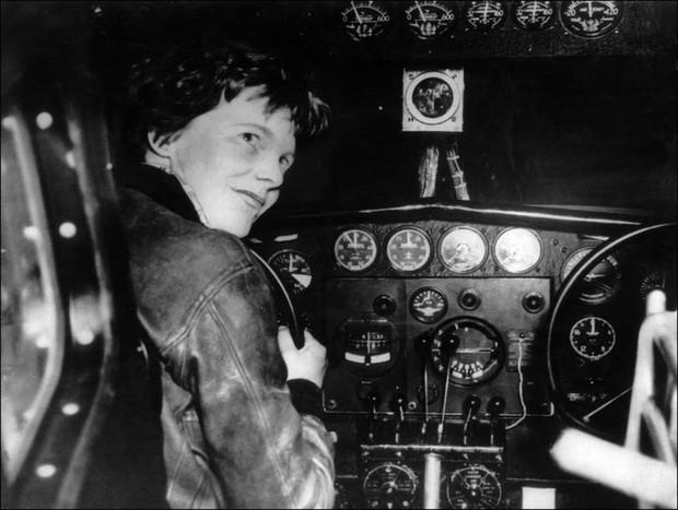 Vụ mất tích bí ẩn chấn động thế giới: Phi công huyền thoại Amelia Earhart mãi nằm xuống đáy Thái Bình Dương - Ảnh 4.