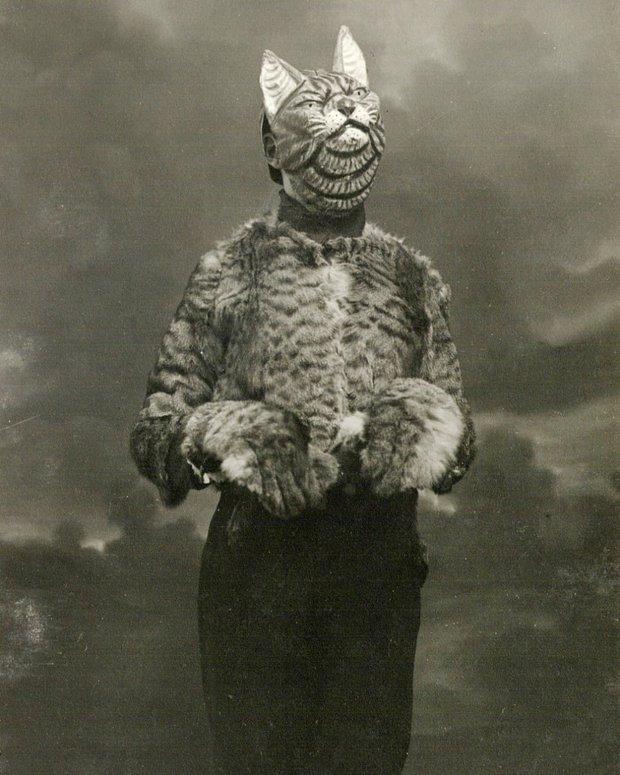 Những bộ hóa trang ám ảnh đến rùng rợn: Halloween ngày xưa kinh dị hơn giờ gấp nhiều lần - Ảnh 3.