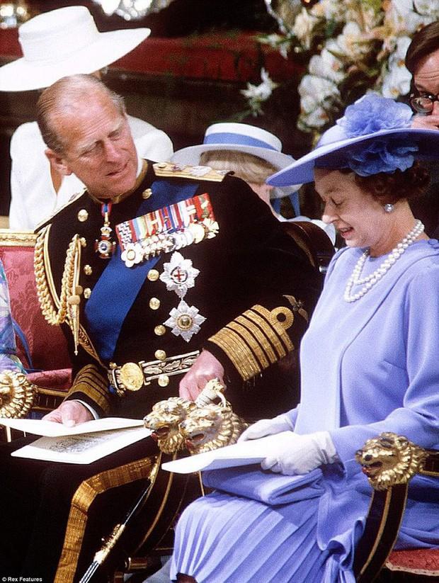 70 năm ngày cưới Nữ hoàng Elizabeth: Cuộc hôn nhân gần 1 thế kỉ và những bí quyết hạnh phúc giản dị - Ảnh 3.