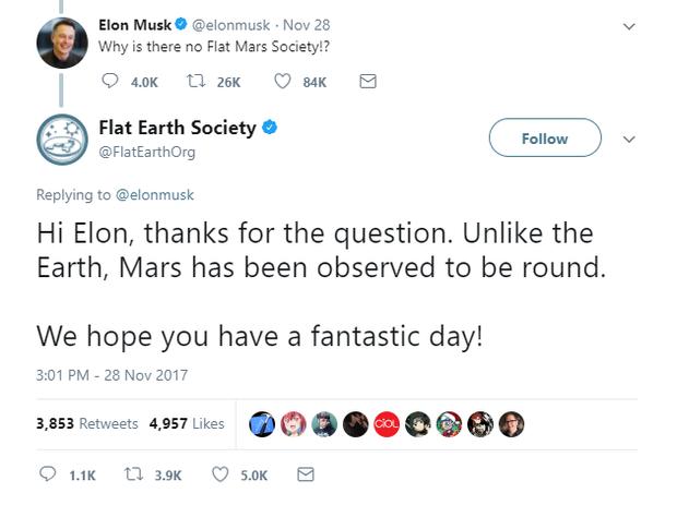 Chỉ bằng 1 câu nói, Elon Musk khiến hội tin vào thuyết Trái đất phẳng trở nên thật nực cười - Ảnh 3.