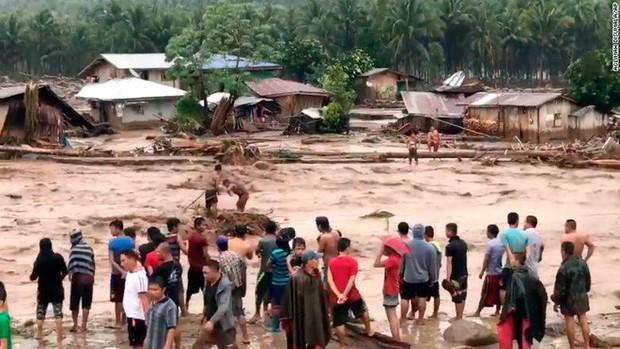 Bão Tembin sắp đổ bộ Việt Nam: Tàn phá khủng khiếp khi vào Philippines - Ảnh 3.