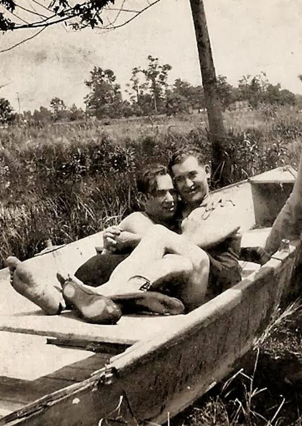 Những bức ảnh LGBT từ hàng trăm năm qua: Đồng tính chưa bao giờ là bệnh và thời nào cũng có cả - Ảnh 12.