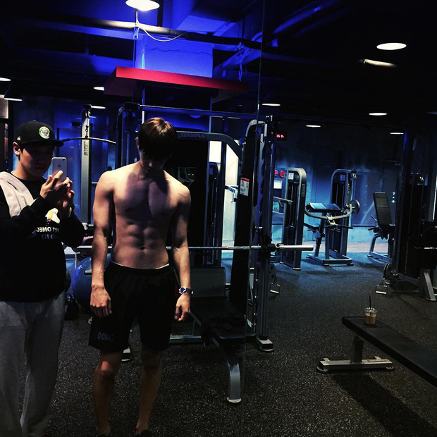 Tất tần tật về bạn diễn mỹ nam Hàn của Chi Pu: Mặt đẹp như Tây không góc chết, thân hình 6 múi vạn người mê - Ảnh 23.
