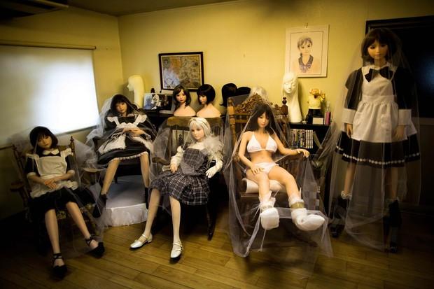 Cuộc sống cô quạnh của đàn ông Nhật Bản bên búp bê tình dục - Ảnh 17.