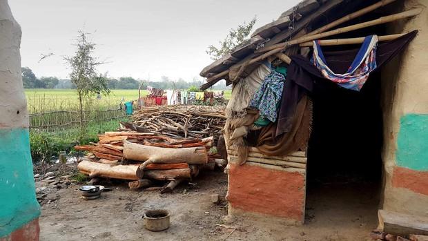 Nỗi đau đớn của phụ nữ Nepal trong kỳ kinh nguyệt: Không được ngủ tại nhà, có người chảy máu tới chết - Ảnh 3.