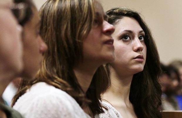 Kí ức kinh hoàng của cô gái 14 tuổi bị bắt cóc khi tan trường, trở thành búp bê tình dục suốt 9 tháng - Ảnh 4.