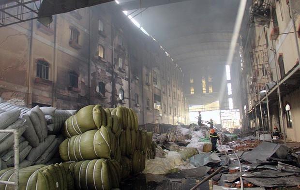 Hình ảnh tan hoang sau vụ cháy suốt 24 giờ ở Cần Thơ - Ảnh 4.