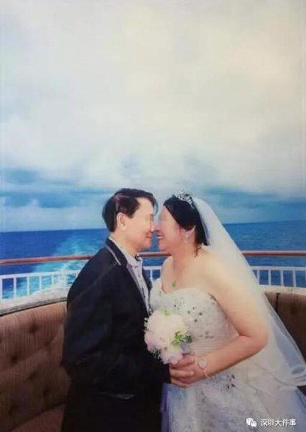 Đua theo giới trẻ đi du lịch kết hợp chụp ảnh cưới, cặp đôi già nhận về sản phẩm xấu phát hờn - Ảnh 4.