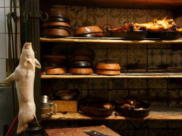 Có gì bên trong nhà hàng lâu đời nhất thế giới, hơn 300 năm hoạt động vẫn nườm nượp thực khách ghé thăm? - Ảnh 7.