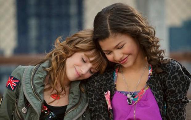 Qua rồi thời Lilo và Miley, Bella Thorne giờ mới là công chúa hóa gái hư nhiều thị phi nhất Hollywood! - Ảnh 4.