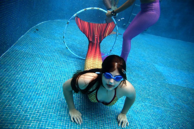Cuộc sống của những nàng tiên cá Brazil: Giấc mơ thời thơ ấu từ chiếc đuôi thần tiên - Ảnh 3.