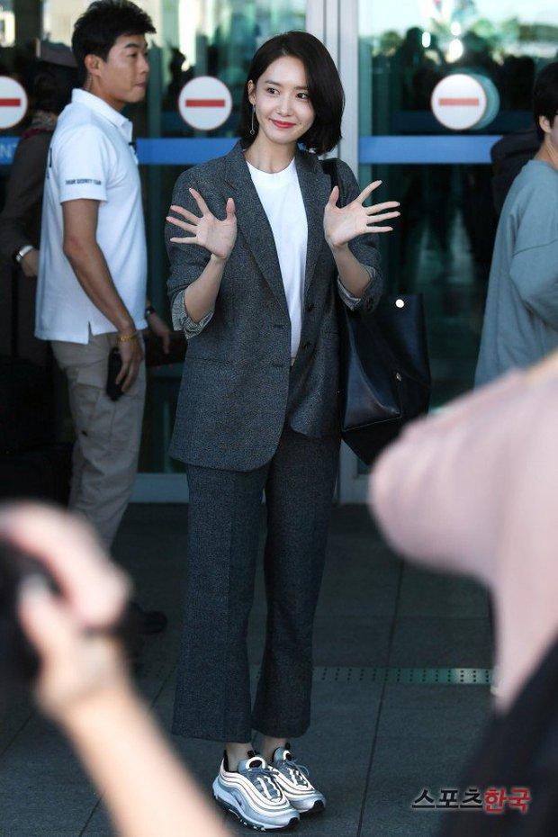 Có ai như Yoona và Lee Dong Wook, đi sân bay thôi cũng lung linh chẳng kém chụp hình tạp chí - Ảnh 5.