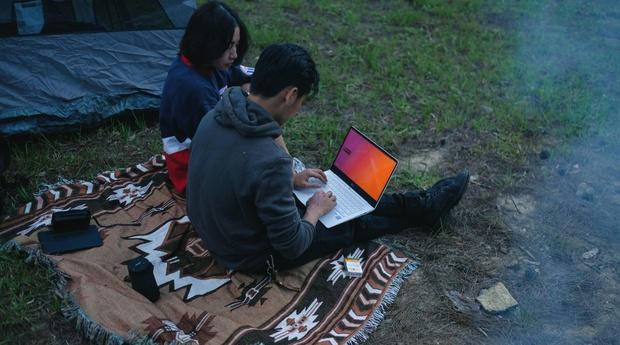 Chiêm ngưỡng những bức ảnh cực đẹp của giới trẻ với chiếc laptop mới ra mắt - Ảnh 4.