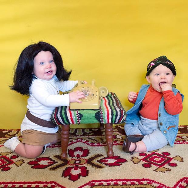 Đã tìm ra cặp song sinh chất chơi nhất mùa Halloween năm nay, mỗi ngày diện một bộ đồ siêu yêu - Ảnh 4.