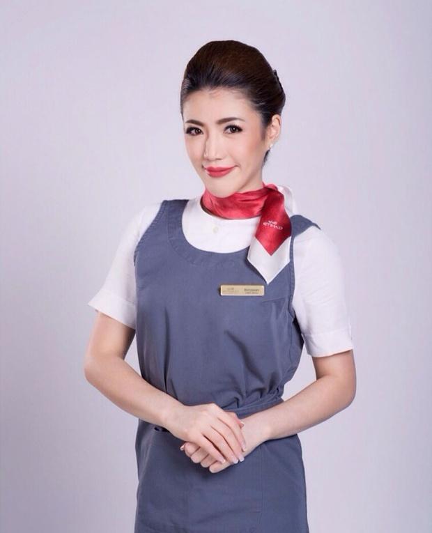 Nữ tiếp viên hàng không xinh như minh tinh lại nhiều tài lẻ khiến dân tình thích thú - Ảnh 4.
