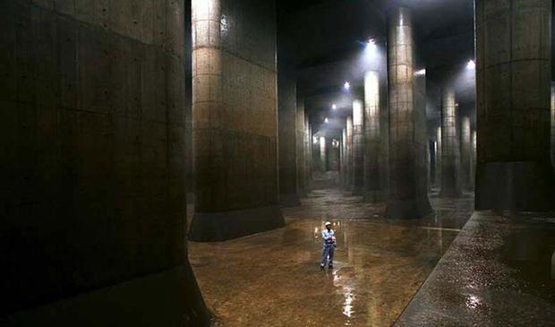 Giải mật cống ngầm lớn nhất thế giới ở Nhật, siêu bão mưa 3 ngày liền cũng không ngập - Ảnh 5.