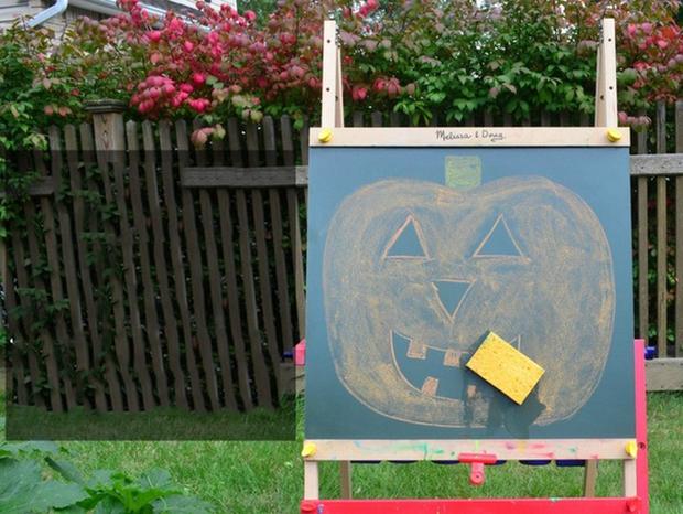 13 trò chơi Halloween kỳ cục, hài hước, ma mị dành cho cả gia đình trong ngày lễ hội ma quỷ 31/10 - Ảnh 4.