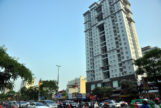 Hà Nội: Nhiều chung cư bỏ hoang cả chục năm khiến người dân nuối tiếc - Ảnh 4.
