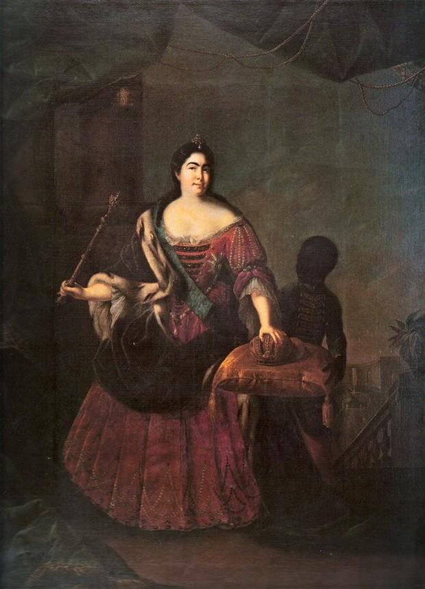 Nữ hoàng đầu tiên của nước Nga: Từ cô hầu gái không biết chữ đến người cùng vua chia sẻ ngai vàng - Ảnh 4.
